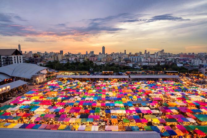 Risultati immagini per mercato di chatuchak