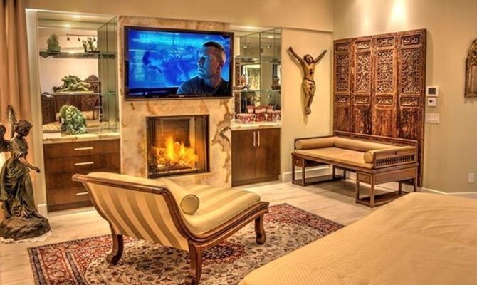 Van Damme Vende Casa A Los Angeles