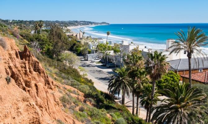 malibu la spiaggia dei miliardari diventa libera