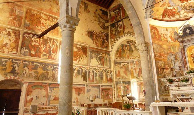 Liguria gli affreschi del santuario mariano pi antico for Corso di arredatore d interni roma