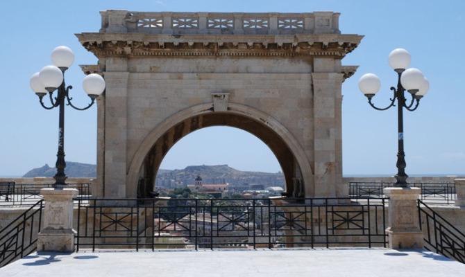 I Migliori Panorami Da Godere Tra I Bastioni Di Cagliari