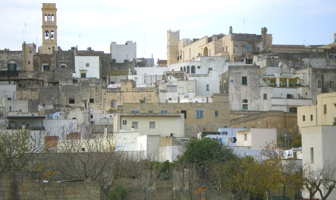 Salento specchia il borgo tra mare e collina - Specchia lecce mappa ...
