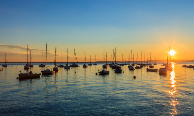 Weekend in riva al lago 5 suggestivi itinerari in italia for Soggiorni romantici per due