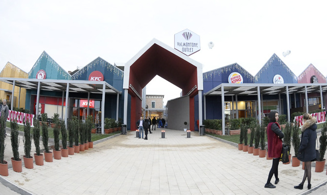 div>Valmontone Outlet: aperta la nuova Food Coort <div>