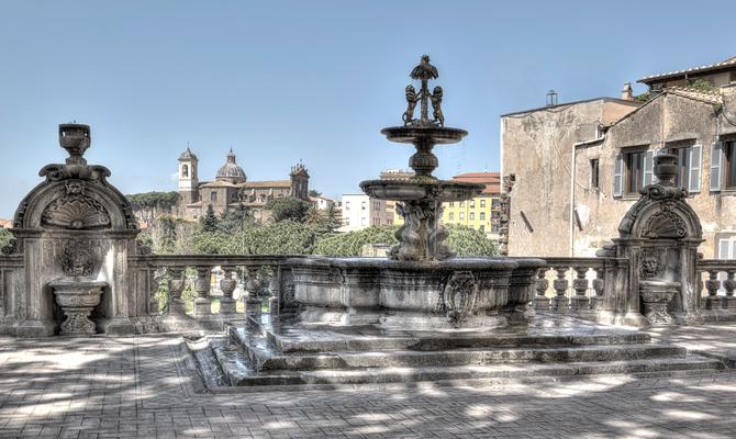 Viterbo passeggiata tra le fontane storiche for Fontane antiche