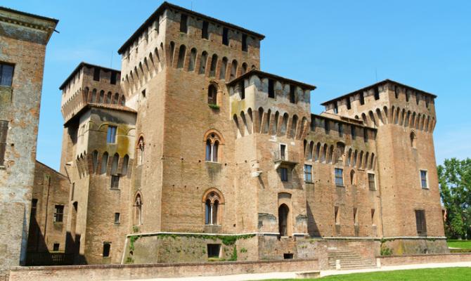 Mantova la meraviglia della camera degli sposi for Planimetrie della camera a castello