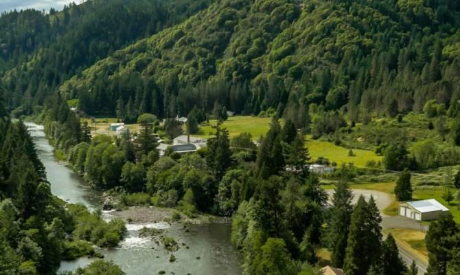 Tiller il paese del far west in vendita for Noleggio di cabine nello stato dell oregon