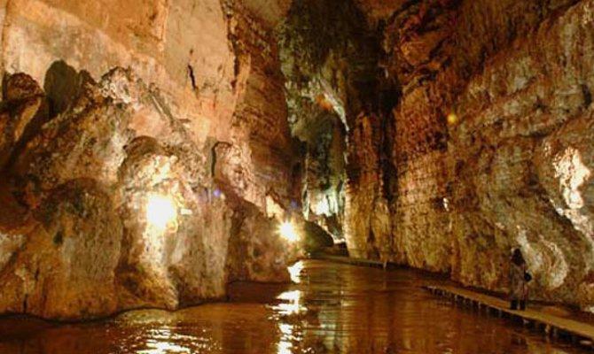 l 39 amore sboccia in italia tra le grotte 5 itinerari