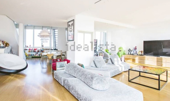 Milano in affitto l attico di fedez a citylife for Attico libeskind milano