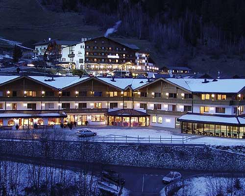 Isarco baite sulla neve for Le piu belle baite in montagna