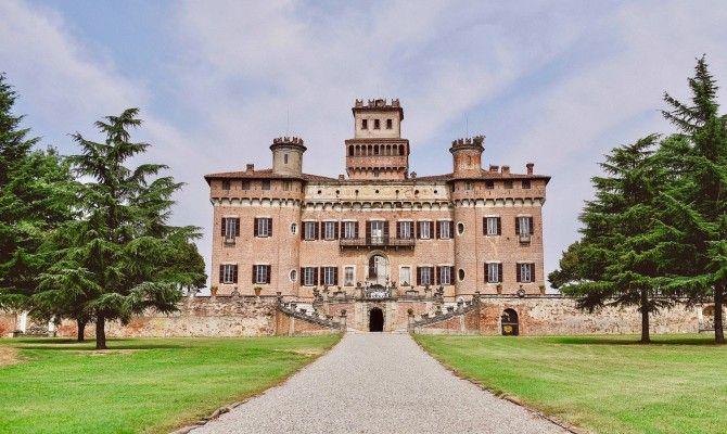 Letto A Castello Lombardia.Lombardia Al Castello Di Chignolo Po Gli Sfarzi Del Settecento