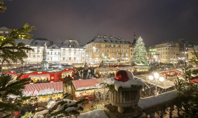 Mercatini Di Natale A Bolzano Foto.Bolzano Mercatini Di Natale Dall Anima Green