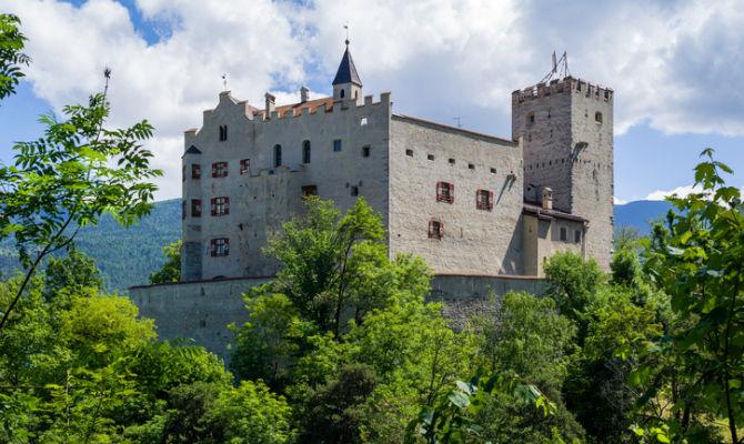 Brunico, il castello che racconta i popoli della montagna