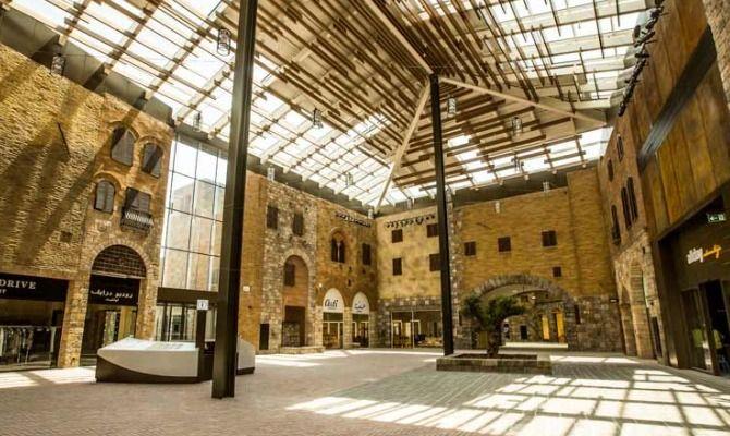 div>The Outlet Village: a Dubai come in Toscana</div>