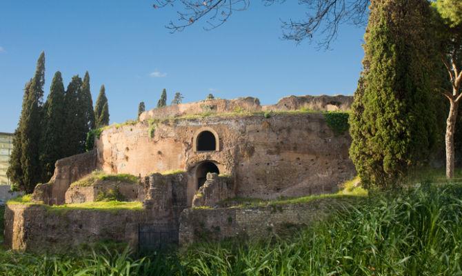 Roma il mausoleo di augusto torna a splendere for Augusto roma