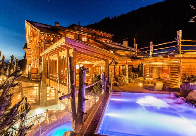 Le pi belle piscine riscaldate immerse nella neve - Hotel in montagna con piscina ...