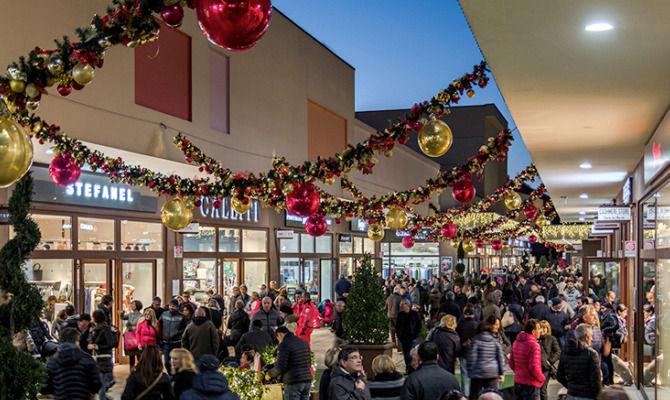 div>I migliori outlet per i saldi invernali in Italia<div>