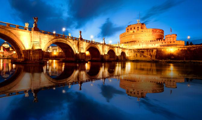 Roma di notte con Castel Sant'Angelo