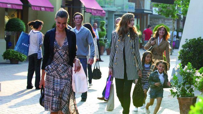 Shopping di lusso a Fidenza 533f93dde84