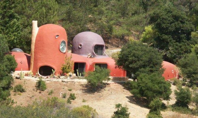 Stranezze dalla california in vendita la casa dei flinstones for Case in stile artigiano in vendita in california