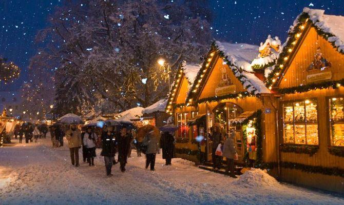 Foto Merano Mercatini Di Natale.Il Mondo Incantato Di Merano