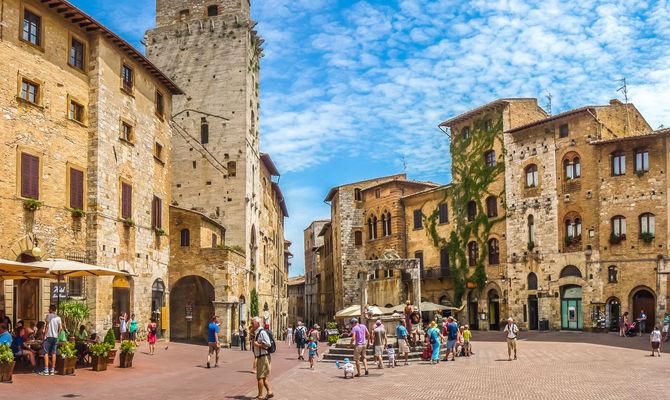 San Gimignano, cosa visitare (e assaporare) nella città delle torri