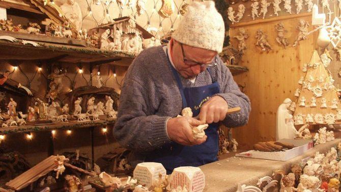 Bolzano mercatini natalizi e non solo for Mobili trentino