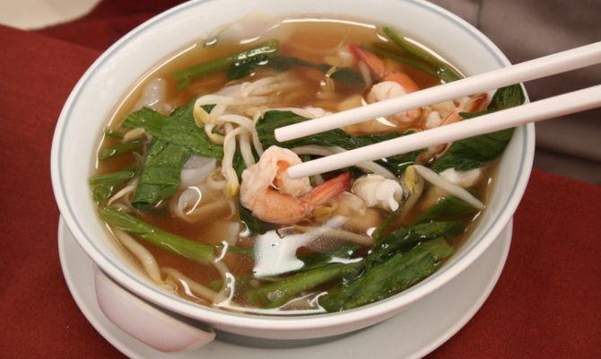 Laksa malesia e cina in una zuppa for Piatti tipici cinesi