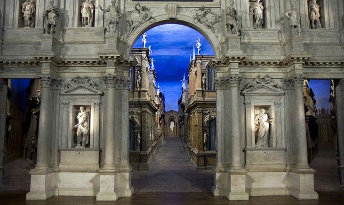 Teatro Olimpico - Monumento - Opera architettonica