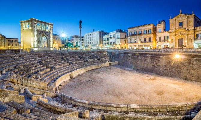 Tra gli anfiteatri romani più belli d'Italia
