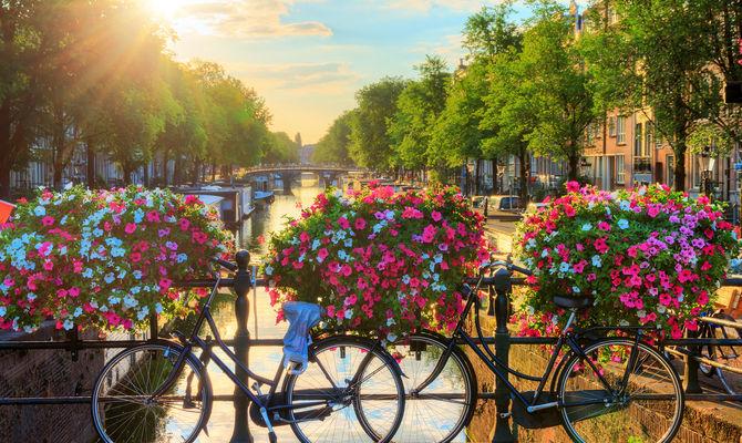 Amsterdam, 10 indirizzi per dormire nella Venezia del Nord