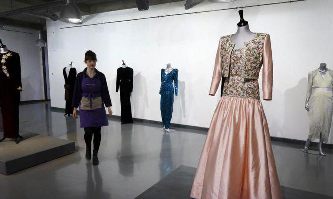 Lady Diana  i vestiti più belli all asta b253e1191f4