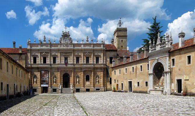 Certosa di San Lorenzo a Padula - Chiesa - Convento