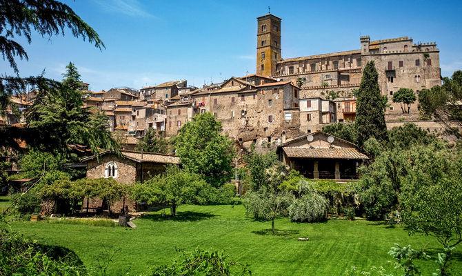 Lazio: scoprire Sutri tra monumenti e leggende
