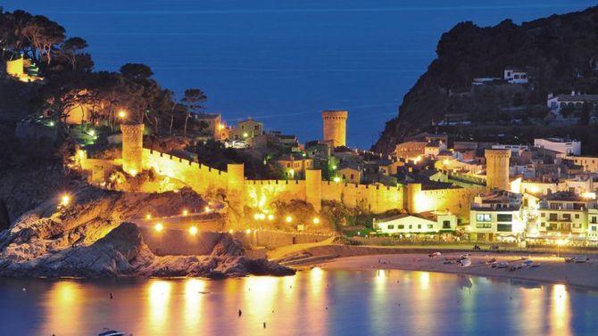 La costa brava a ritmo di jazz for Oficina de turismo tossa de mar