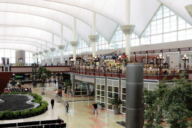 Aeroporto Denver : I aeroporti più affollati del mondo