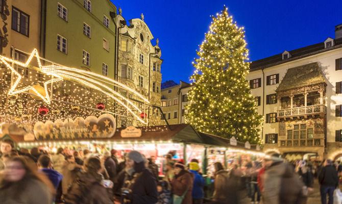 Immagini Mercatini Di Natale Innsbruck.Div Innsbruck In Festa I Suggestivi Mercatini Di Natale Div