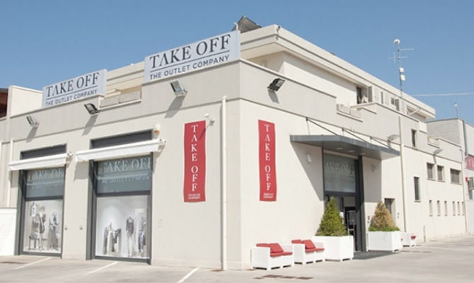Take Off Outlet, a Monopoli la moda a portar via